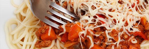 Neljä tyypillistä kattausta kasinoiden ravintoloissa Spagetti - Neljä tyypillistä kattausta kasinoiden ravintoloissa