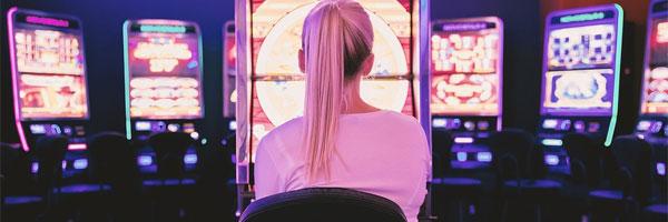 Kolme hyötyä syömisestä kun nauttii kokemuksesta kasinoilla Hauskanpito vie energiaa - Kolme hyötyä syömisestä, kun nauttii kokemuksesta kasinoilla